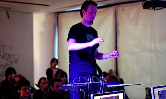Conducting LEAYO